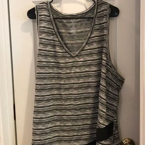 Lane Bryant livi sleeveless
